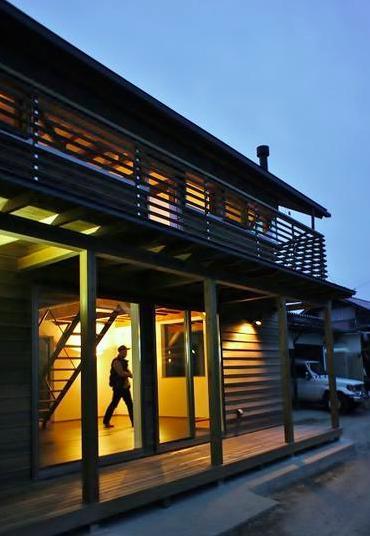『T-House』〜古材の良さを取り入れた耐震補強リノベ〜の写真 外観夜景