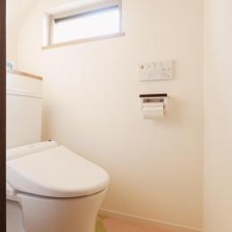 T邸・一番気持ちの良い場所をLDKへ (1階トイレ)