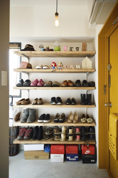 玄関-下足収納棚 (K邸・ビンテージマンションを自分色に)