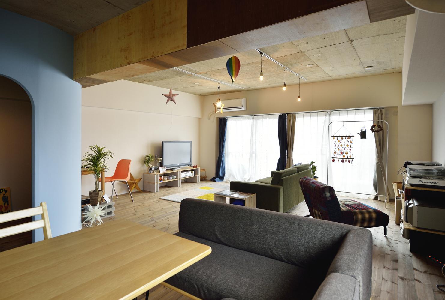 K邸・ビンテージマンションを自分色にの部屋 広々としたLDK-2