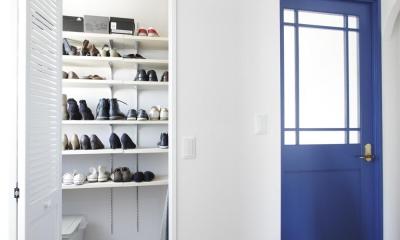 大容量の造作シューズクローク|S邸・二人のベビーのために、安心で快適な住まい