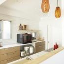 オープンな対面式キッチン