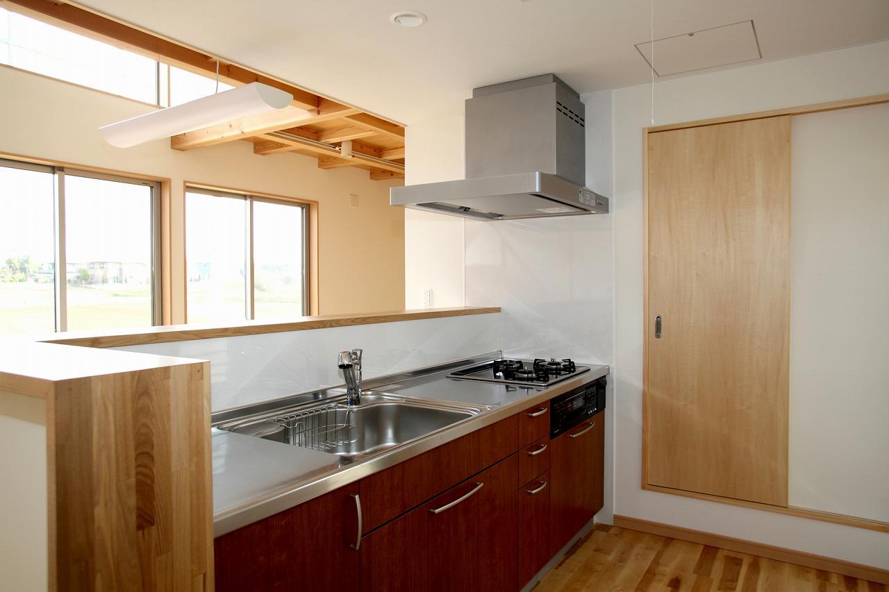 『水戸の家』家族をつなげる住まいの部屋 対面式キッチン