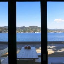 『安芸津の家』島のリゾートハウス (海を眺めリゾート気分を味わえる住まい)