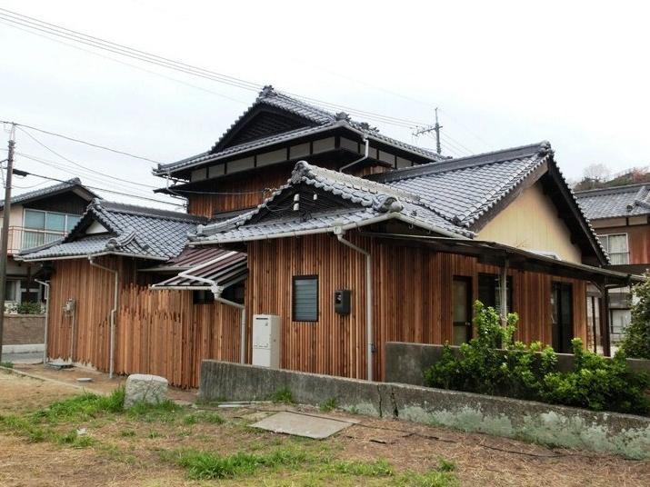 ウッディな和風外観 (『江田島の家』築70年古民家のリノベーション)