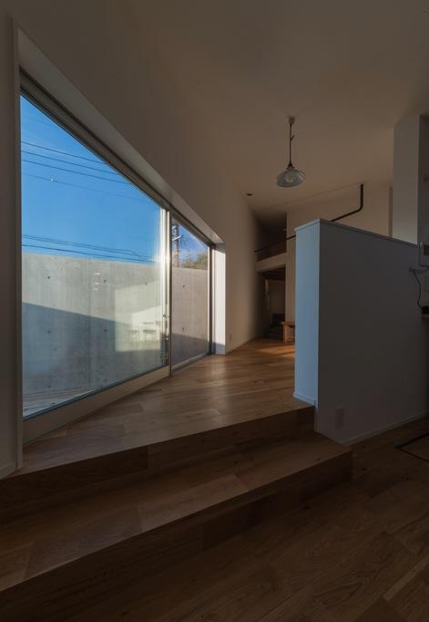 器屋のある住まいの部屋 テラスに面する2階リビング