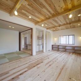 2階大空間リビング (四季を楽しむ家)