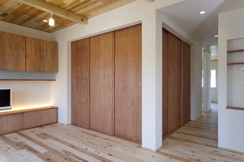 四季を楽しむ家の部屋 畳コーナー-closed