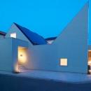 個性的な外観の二世帯住宅