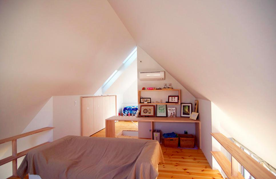『Ka-house』家を巡る楽しさのある二世帯住宅の部屋 子世帯ベッドルーム