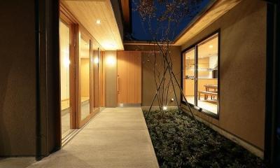 『集う家』木の温もりに包まれた現代和風の家