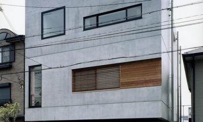 『SMH』住まい手に優しいバリアフリー住宅 (コンクリート打ち放しの外観)