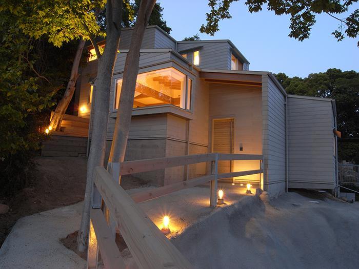 建築家:山下誠一郎「『HKH』優しい光の集まる木造2階建て住宅」