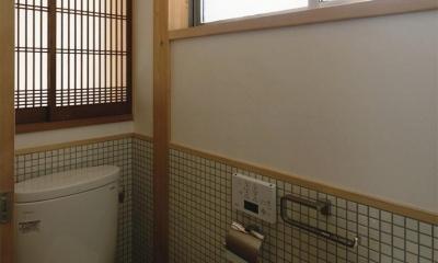 『der nostalgisch Bahnhof 』懐かしい駅舎のような住まい (タイル張りのトイレ)