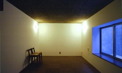 地下室-落ち着いた空間|『subako』重厚感のあるコンクリート住宅