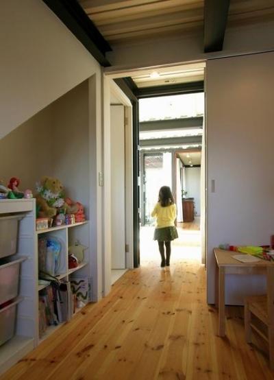 子供部屋 (『I・M邸』光を共有する二世帯住宅)