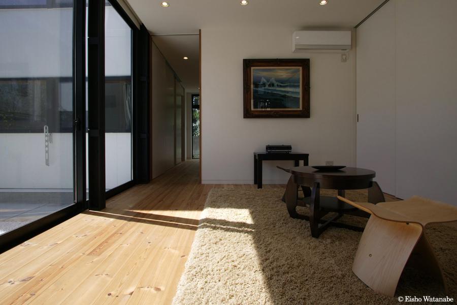 『I・M邸』光を共有する二世帯住宅の写真 親世帯-日当りのいいリビング