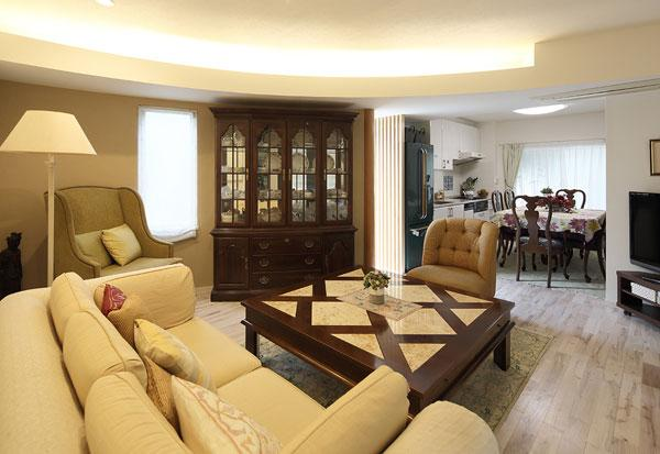 『M邸』4LDKから2世帯住宅へリノベーションの部屋 親世帯-アンティークインテリアのLDK