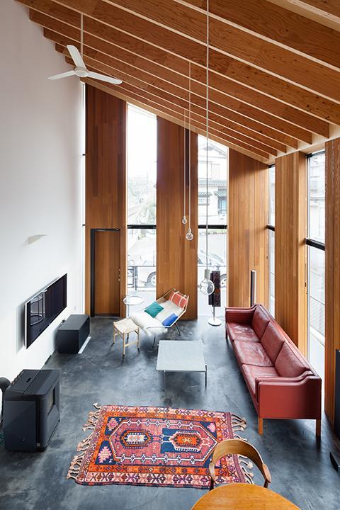 建築家:田辺芳生「『東松戸の家』寛ぎ大空間リビングの住まい」