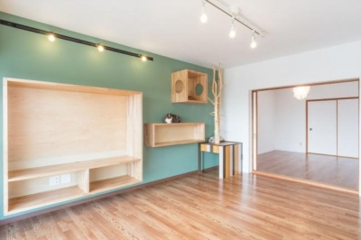リビングに連続する洋室 (『埼玉県羽生市K邸』猫のための楽園♪賃貸リノベーション)