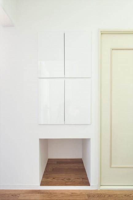 『埼玉県羽生市K邸』猫のための楽園♪賃貸リノベーションの写真 猫のトイレ用品や餌の収納ボックス