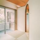 中庭を望むダイニングのあるビンテージマンションリノベ:『桜台ビレジリノベーションvol.2』(横浜市青葉区)
