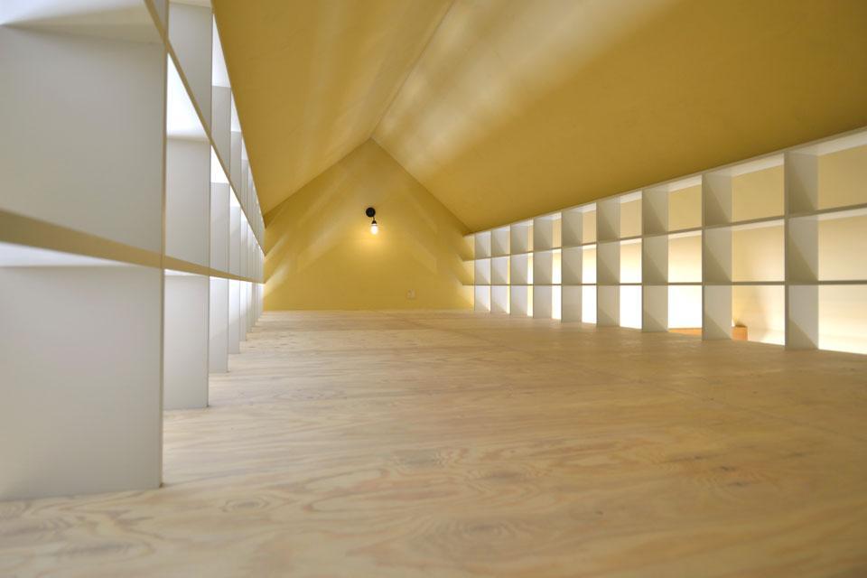 建築家:相原まどか「『菖蒲町の家/Country House』プロバンス風の週末住宅」