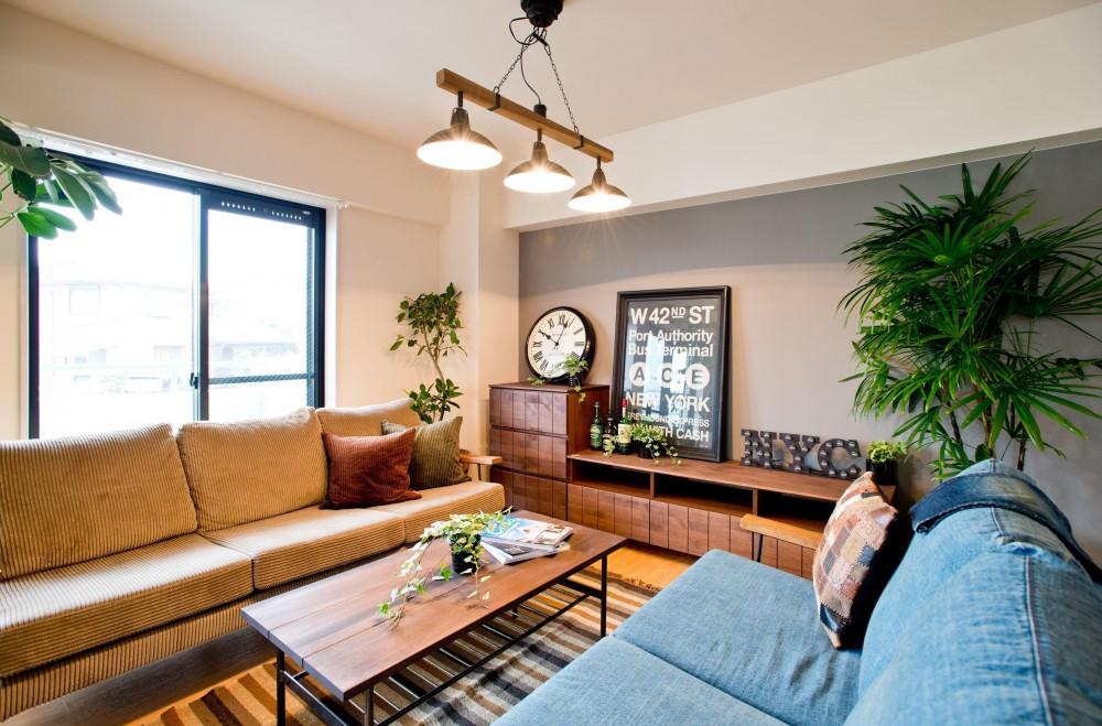 メーカー:ROOMBLOOM「お部屋の魅力を存分に引き出す_中古マンションペイントリノベーション」