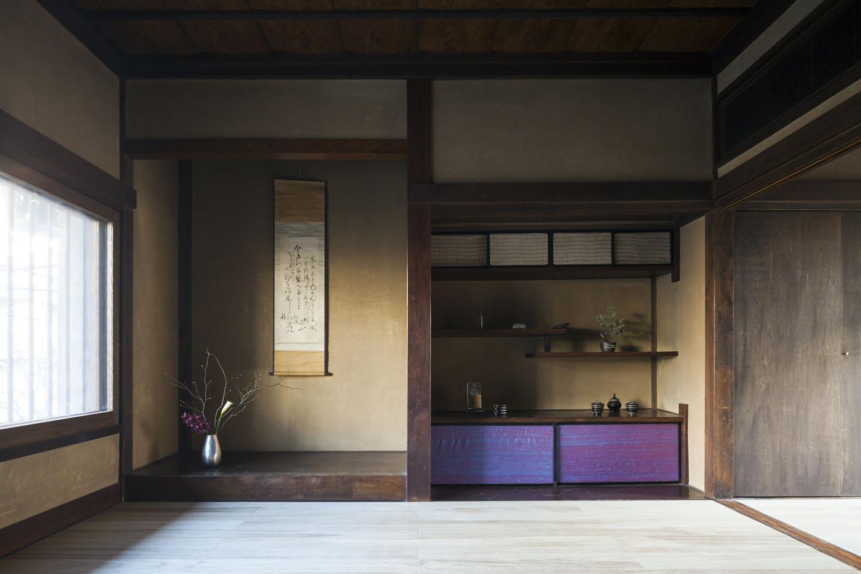 古民家の家/Traditional Japanese House with Modern Interiorの部屋 和を想わせる空間