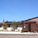 『O-house』L字型の住まいの写真 L字型の家外観