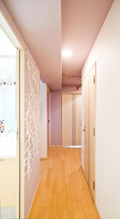 廊下 (パリのアパルトマンに憧れて_中古マンションのペイントリノベーション)