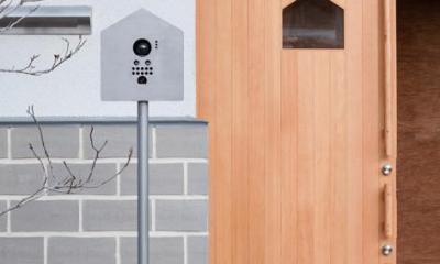 家型モチーフを盛り込んだエントランス|『MORI』木の温もり感じる絵本の中の家