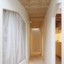 各部屋とつながる廊下