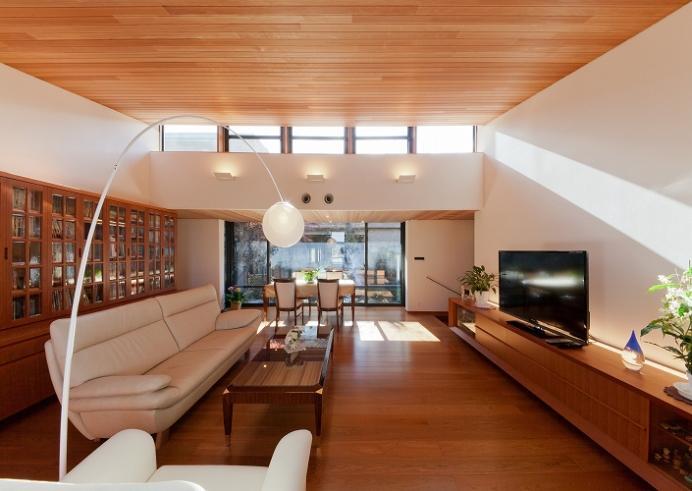 建築家:鳥山敦生「『OK-house』アメリカンブラックチェリーの家」