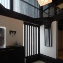 格子戸の和風玄関ホール