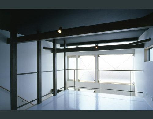 モノトーンの家の写真 2階オープンスペース