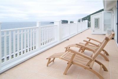 『Akiya House』海沿いの家 (海を見ながら寛ぐバルコニー)
