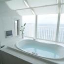 海が見えるバスルーム