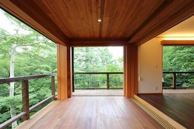 ソトウチの家 (別荘)