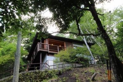 別荘 (ソトウチの家)