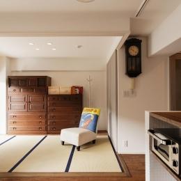 リビング内和室 (K邸・最大限の空間を確保した上質なインテリア)