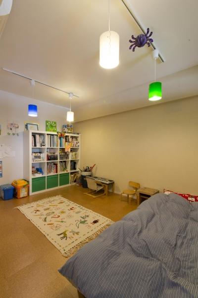 カラフルな子供部屋 (M邸・子供も大人も楽しく安心に暮らす家)