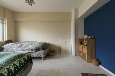 柔らかな雰囲気のベッドルーム (M邸・子供も大人も楽しく安心に暮らす家)