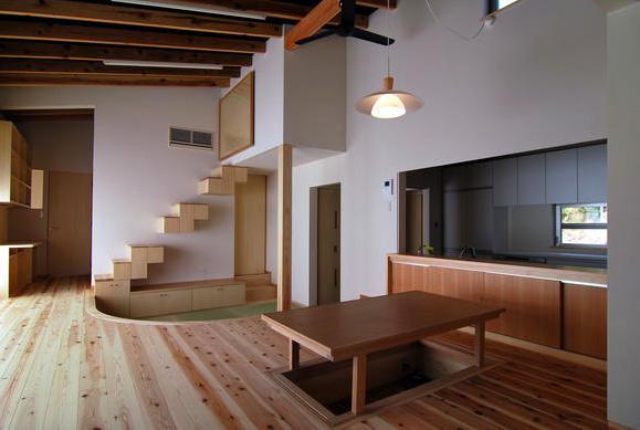 建築家:原空間工作所「『茶畑の家』通り土間がつなぐ住まい」