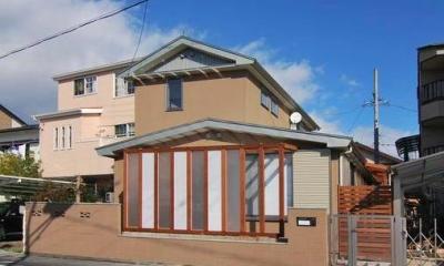 『停止線前の家』昭和の香りを残すバリアフリー住宅リノベ (趣きのある外観)