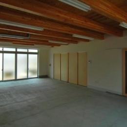 T字路に建つアトリエハウス (1階アトリエ 作業・接客空間)
