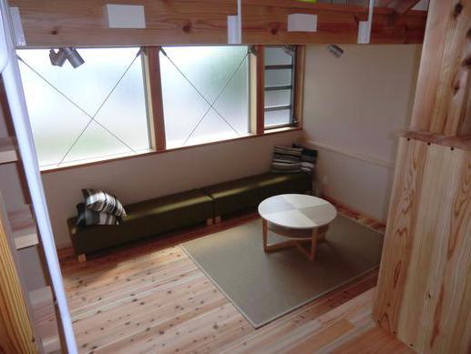 『つなぐ家』自然素材をふんだんに使った住まいの部屋 寛ぎのリビング