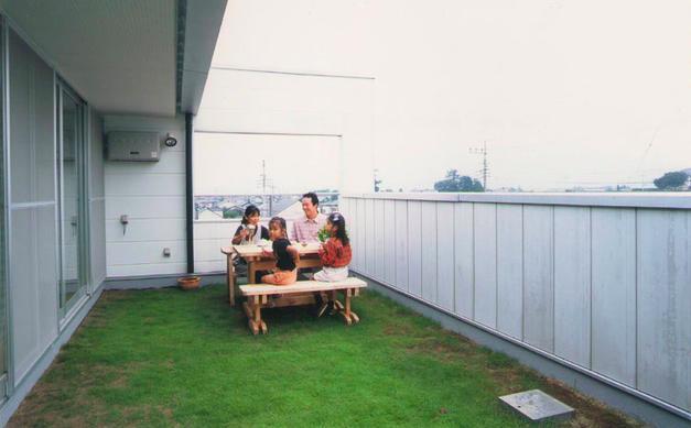 原空間工作所「『ライト・BOX』古民家の良さを受け継ぐ近未来的な住まい」