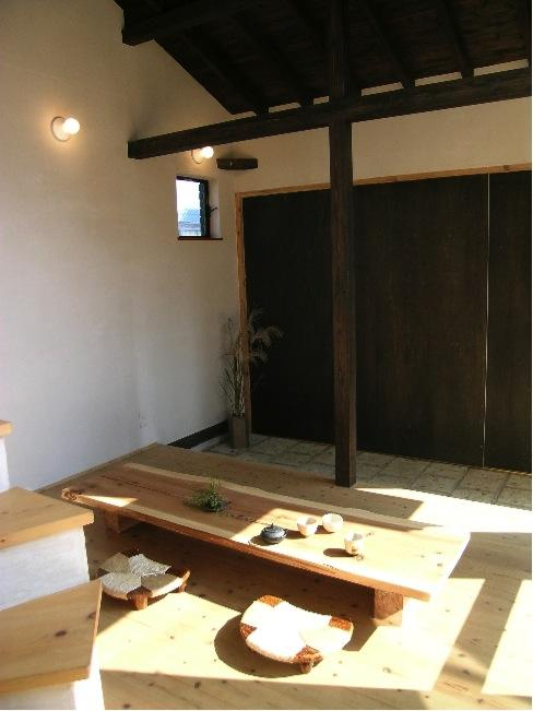 『東中山の笑う家』手抜きなしのローコスト住宅の部屋 土間・リビング