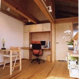 『石川町の家』狭小地の立地を生かした住まい (2階多目的ルーム)